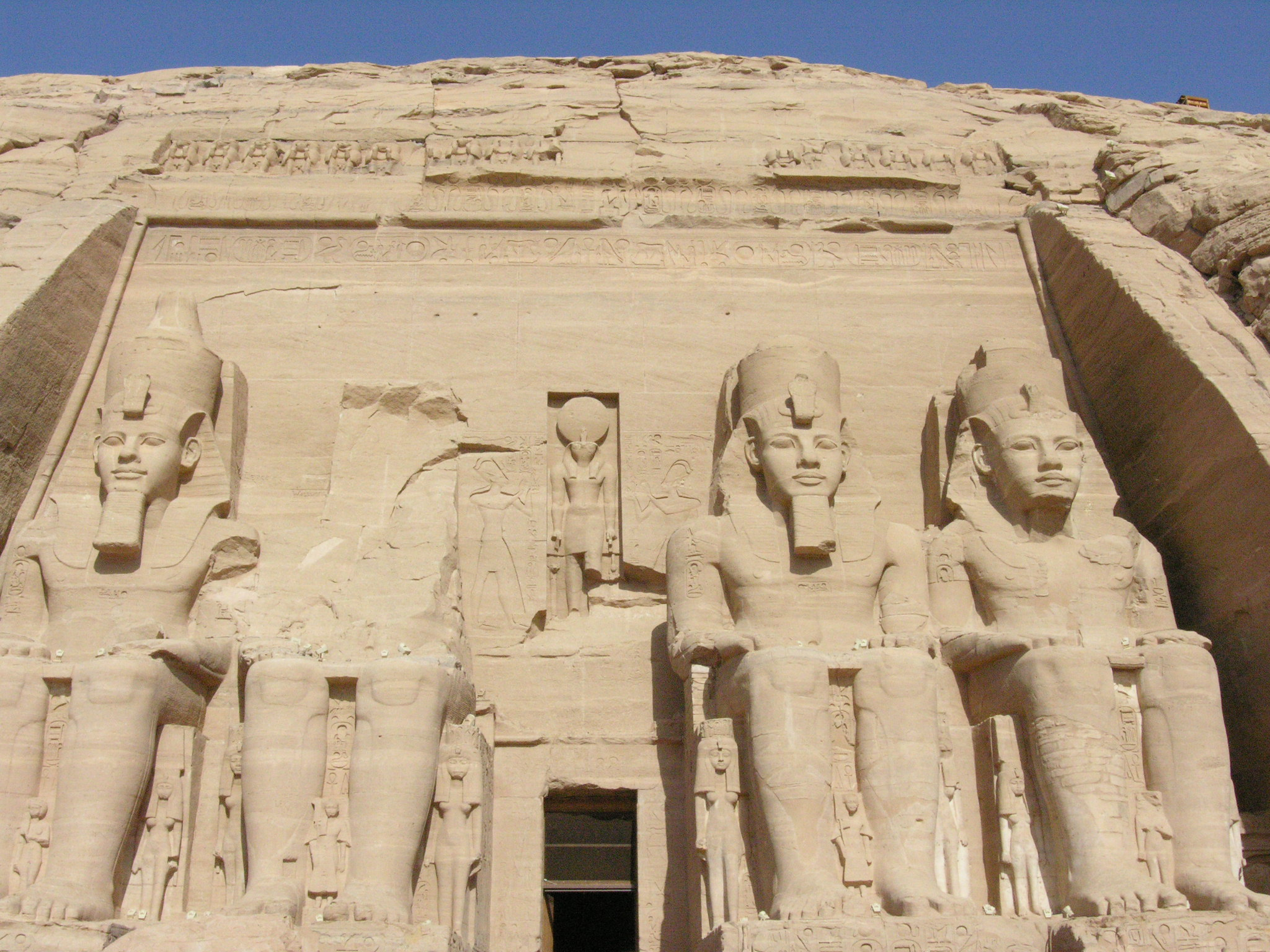 the history of the magnificence of ramses ii in the ancient egypt Ancient egypt history dates back to seven thousand years  valley and begin  thinking in built settlements and start this magnificent civilization, and put rules   which started the battle of kadesh between ramses ii and the hotties in the city  of.